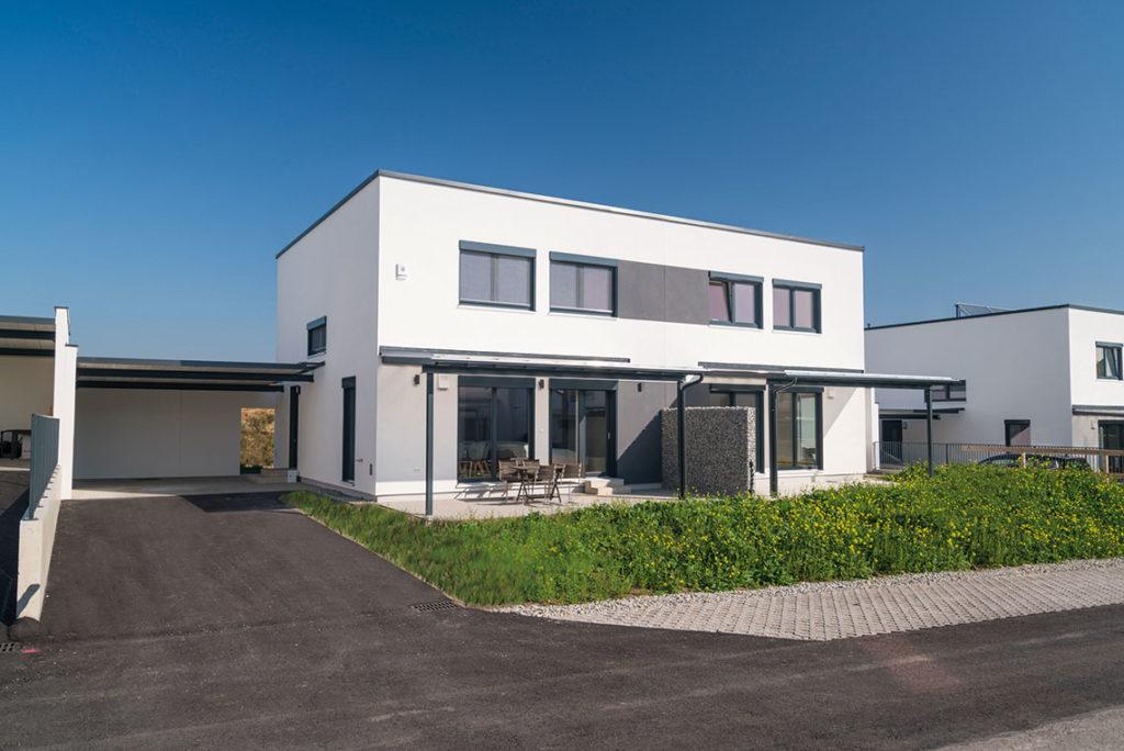 Modernes KOHLBACHER - Doppelhaus in Brunn/Gebirge